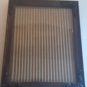 Faux Wood Detailed Corners Picture Frame